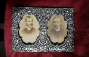 Lovely William Davenport Hallmarked Silver Double  Photo Frame Birmingham 1902