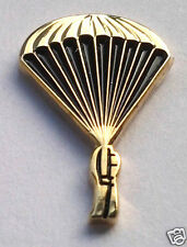 US ARMY PARATROOPER JUMPER GOLD Military Veteran Hat Pin 15804 HO