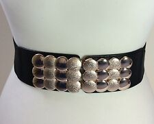 WIDE ELASTICATED BLACK WAIST BELT / GOLD METAL CIRCLE BUCKLE / 38