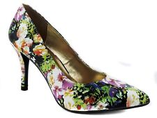 Rampage 143 Girl Women's Owanda Pumps Old Floral Size 5.5 M