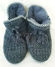Mukluks Slippers Womens Size Large 9.5 to 10.5 Ankle High Slip On Gray Knit