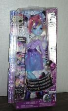 Monster High Abbey Bominable Dance the Fright Away Party Welcome to Monster Doll