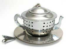 Stainless steel teapot shaped tea infuser with tray