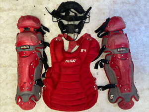 Wilson Baseball Red Catchers Gear Ages 16 + All Star Schutt Diamond