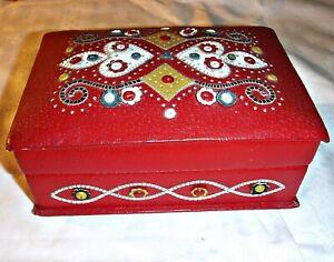 *VINTAGE RED LEATHER APLIQUED BOX NEEDLEWORK SEWING JEWELLERY KEEPSAKES FOLK ART