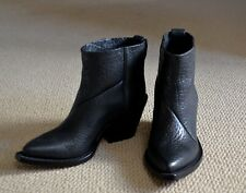 100% Authentic Acne Donna Western Boots, 37, Black, Made in Italy, MSRP $450 EUC