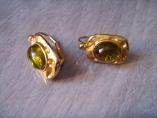 boucle oreilles percées dormeuses métal doré pierre transparente vert DOLCE VITA