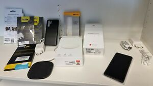 Huawei P30 Pro VOG-L29 128GB Schwarz 8GB RAM Speicherkarte 256GB Wireless Pad