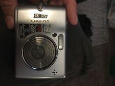 Nikon COOLPIX L12 7.1MP Digital Camera Silver *Ok/tested*
