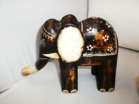 Großer Elefant Holz Deko geschnitzt & bemalt, Handarbeit-Glücksbringer,H-21 B-26