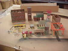 HO Scale Buildings & Structures