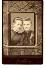 Named Girl Friends-Young Studio-La Cygne-Kansas-Fancy Vintage Cabinet Photograph