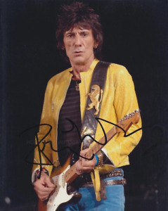 RONNIE WOOD - The Rolling Stones GENUINE SIGNED AUTOGRAPH
