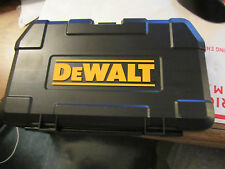 DEWALT 3/8 DRIVE SOCKET SET WITH RATCHET