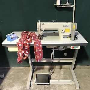 BROTHER FLAT INDUSTRIAL SEWING MACHINE WITH RUFFLER ATTACHMENT FOR PLEATING