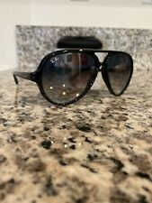 Ray Ban Cats 5000 RB 4125 601/32 Polished Black w/Gray Gradient 59 mm