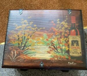Wooden Spanish Rioja Cincel Wine Box With Carved Lid