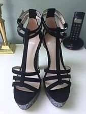 NEW Carvela Platform Sandals - UK 4 Euro 37 / 4.5 (37.5) - *RRP £140*
