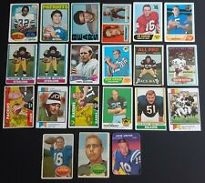 HUGE 1960 - 70s TOPPS FOOTBALL CARD LOT (700) w/ BUNCH of STARS & HOFers POOR