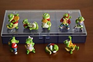 Kinder Surprise Set Crazy Crocos 1993 not complete + storage box