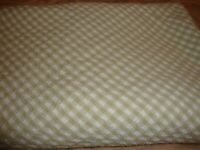 """VINTAGE Kitchen Plaid Checked Gingham Tablecloth~60"""" Round 100% Cotton India 279"""