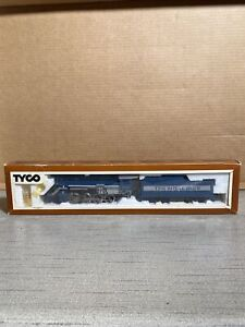 "Tyco HO Scale ""The Royal Blue"" 2-8-0 Locomotive & Tender Unused In Box w/ Smoke"