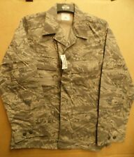 GENUINE US AIRFORCE ISSUE MAN'S UTILITY CAMOUFLAGE PATTERN COAT -38R