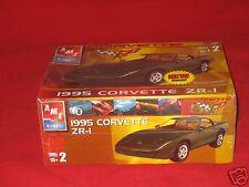 1:25 AMT Plastic Model Kit 1995 Corvette ZR1