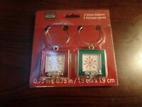 Studio Decor 2 Wine Charms Christmas Square #4720