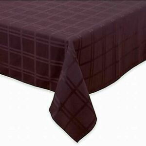 "ORIGINS Microfiber Spill-Proof Tablecloth 70"" Round - Eggplant, NEW"