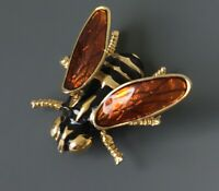 Vintage Bee with movable wings Brooch in enamel on gold tone metal