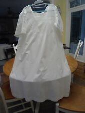 Gorgeous vtg white short sleeve cotton nightgown w elaborate lace bodice, sleeve