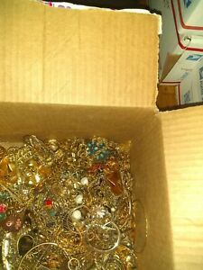 Antique Vintage Gold Plated Recovery Junk Jewelry Scrap Unsearched Lot 6 lbs 4oz