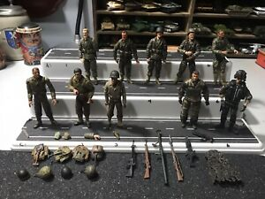 1:18 Ultimate Soldier 21st Century Toys WWII And Modern US Marines and Army figs