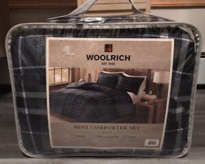 Woolrich Flint CozySpun Down Alternative Comforter Set KING SIZE - BRAND NEW NWT