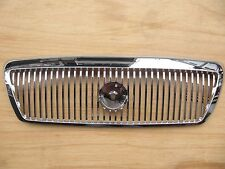 Mercury Grand Marquis 2003-2005 Chrome Grille FO1200406 3W3Z-8200AA with Clips