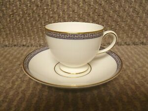 2 X WEDGWOOD PALATIA LEIGH SHAPED CUPS AND SAUCERS