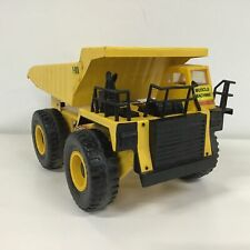 Vintage Yellow Metal Muscle Machine 1/24 Scale with Plastic Wheels #319