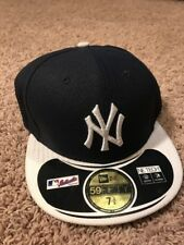 NEW Authentic New York Yankees MLB Fitted Hat New Era NE Tech 59 Fifty 7 3/8