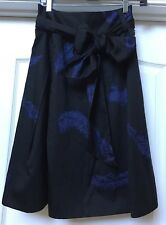 """Gorgeous MARC JACOBS Purple Feathers Print 26"""" Long Flair Skirt, Size 4"""