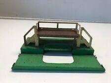 Lionel Postwar 3462P Milk Car Metal Platform Used