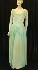 40s VINTAGE DRAMATIC GREEN NET & TAFFETA GOWN WITH SCALLOPED EDGINGS XS-S
