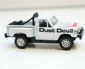 Maisto Ford Stepside Pickup Dust Devil Special Edition White Loose