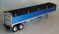 DCP WILSON METALIC BLUE GRAIN TRAILER ONLY BLACK TARP 1/64  DIECAST 33547