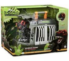 Untamed Fingerlings JailBreak Playset Dino Dinosaur w/Infrared T-Rex Exclusive