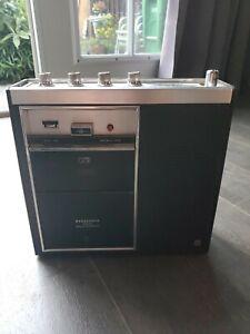 Vintage PANASONIC RF-7270 AM FM Portable RADIO