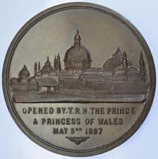 Queen Victoria - 1887 Manchester Jubilee exhibition Cased Bronze medal