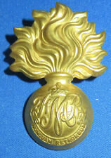 Les Fusiliers Mont-Royal King/'s Crown WWII Era Brass Cap Badge Flaming Grenade
