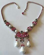 VINTAGE CROWN TRIFARI SIGNED PINK AND GRAY RHINESTONE PEARL NECKLACE