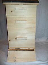 Beehive Langstroth 10 frame. Frames not included.